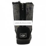 UGG Classic Short ZIP Snake